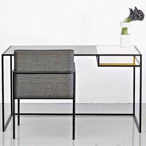 keys-desk_01
