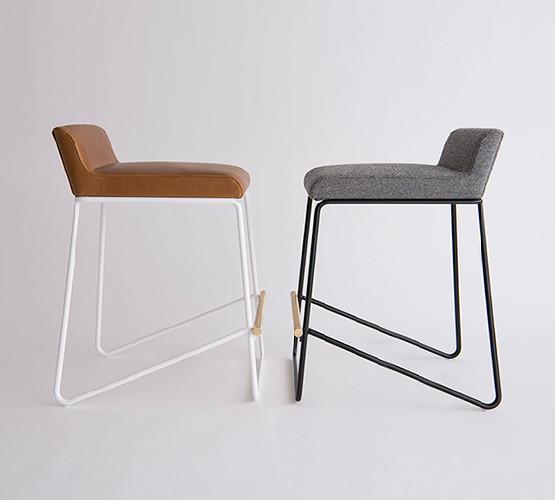 kickstand-stool