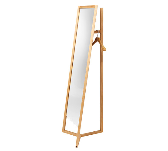 club-mirror-stand