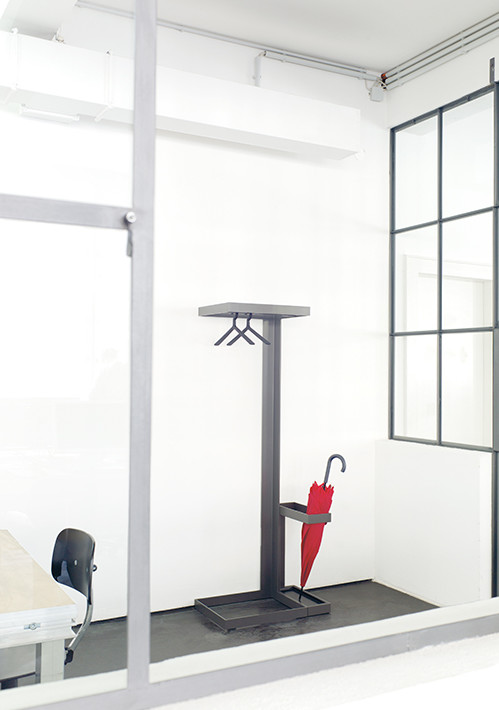 level-umbrella-stand_04