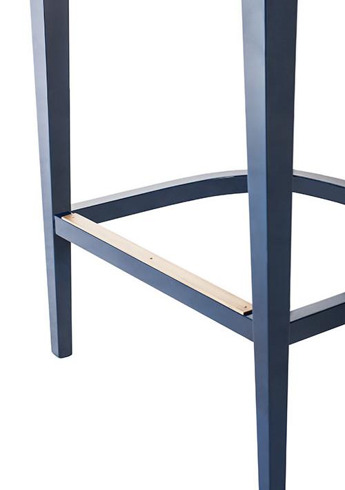 becomes-me-stool_07