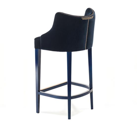 munna-becomes-me-stool_03