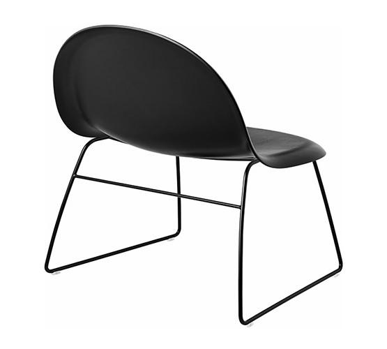 gubi-3d-sled-base-lounge-chair_01