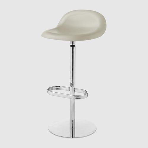 gubi-3d-swivel-stool_02