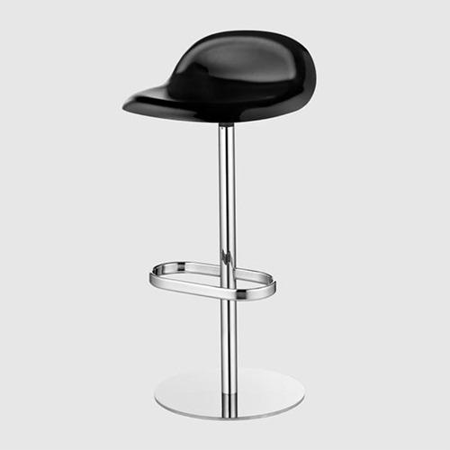 gubi-3d-swivel-stool_09
