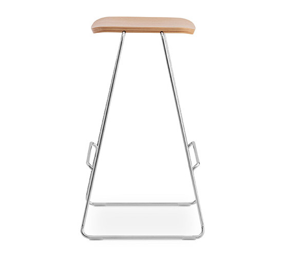 normann-copenhagen-just-bar-stool_04