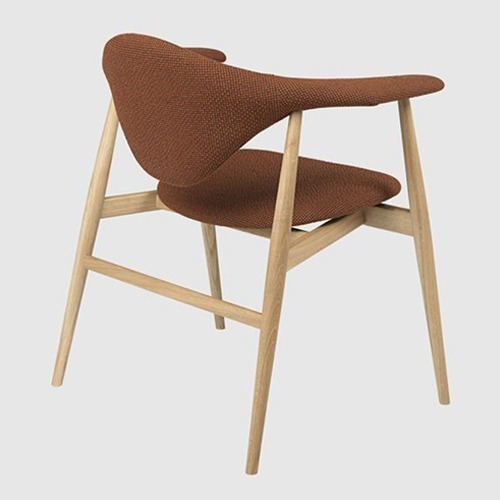 masculo-armchair-with-wood-legs_01