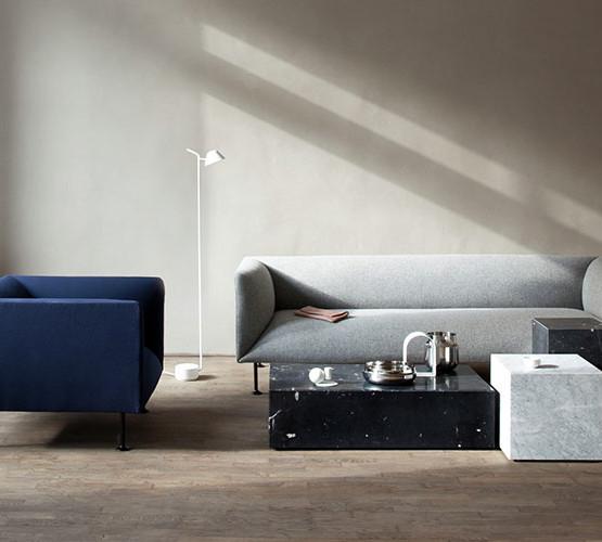 godot-sofa_17