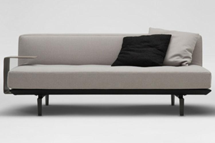 joan-slim-sofa_03