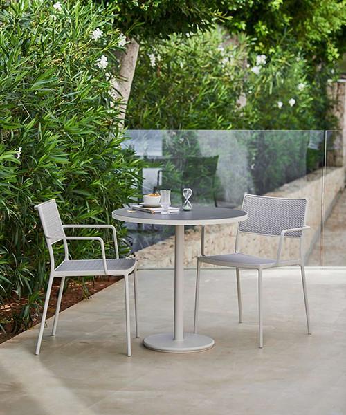 go-outdoor-bistro-table_13