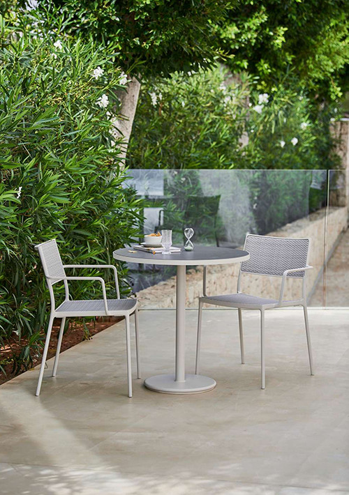 go-outdoor-bistro-table_13
