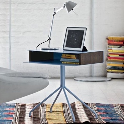 hold-side-table_01