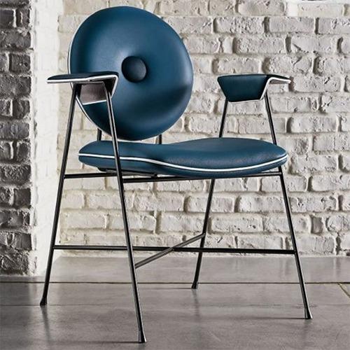 penelope-chair_01