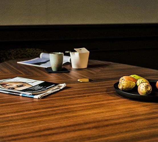 santiago-table_06