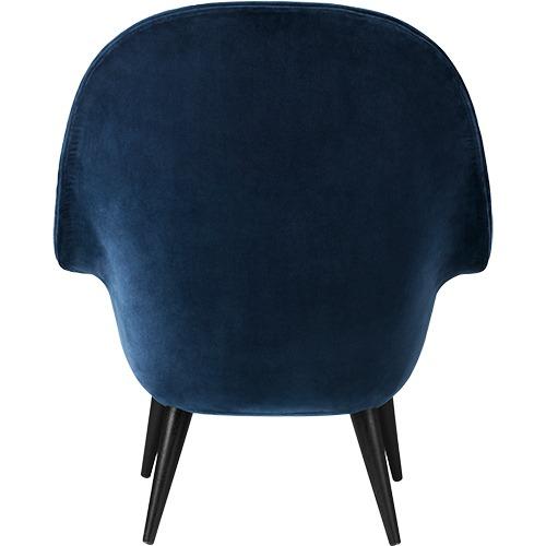 bat-lounge-chair-wood-legs_19