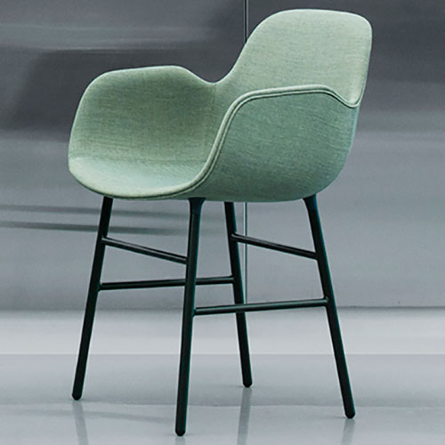 form-chair-upholstered-metal-legs_09