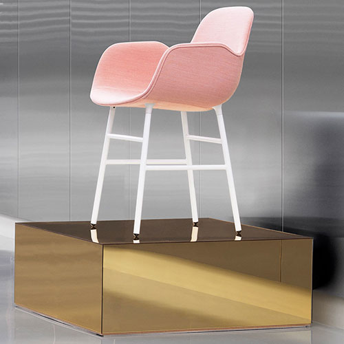 form-chair-upholstered-metal-legs_12