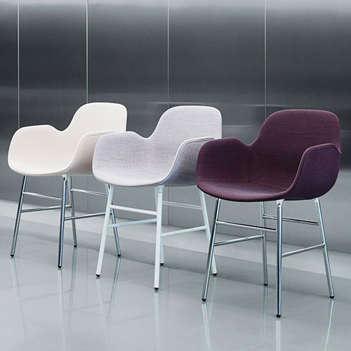 form-chair-upholstered-metal-legs_13
