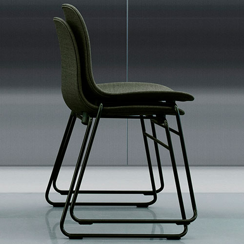 form-chair-upholstered-stacking_06