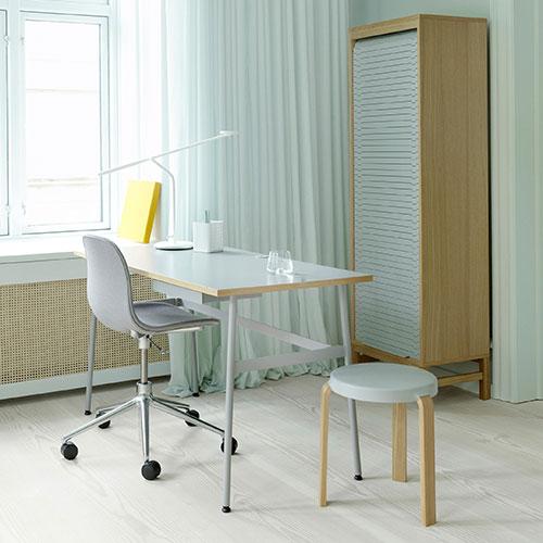 form-swivel-chair-castors-upholstered_03