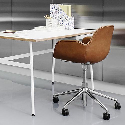 form-swivel-chair-castors-upholstered_09