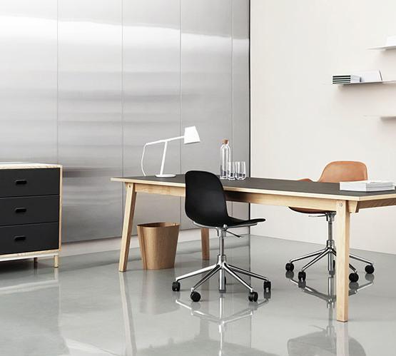 form-swivel-chair-castors-upholstered_14
