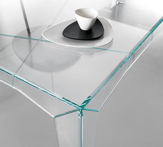 fragments-table_02