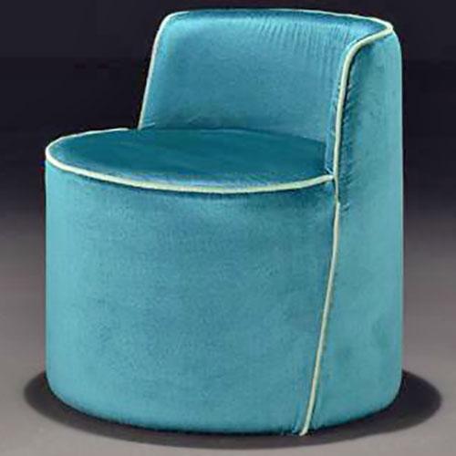 petite-lea-lounge-chair_01