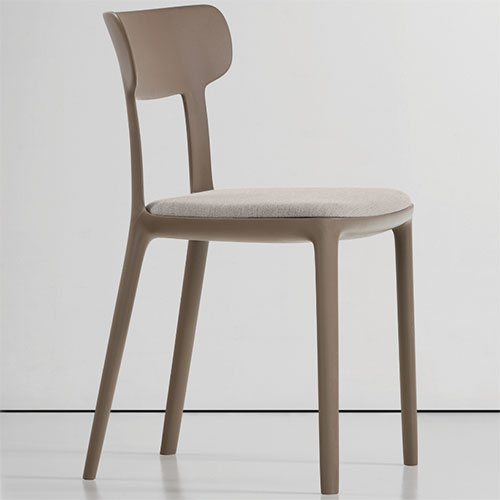 queue-chairs_02