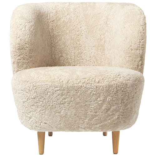 stay-sheepskin-lounge-chair-wood-legs_04