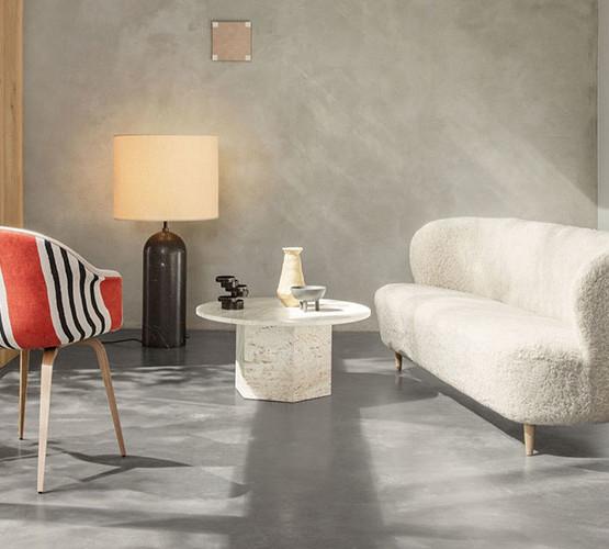 stay-sheepskin-sofa-wood-legs_03