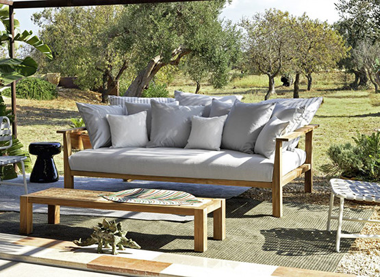 inout-coffee-table-outdoor_11