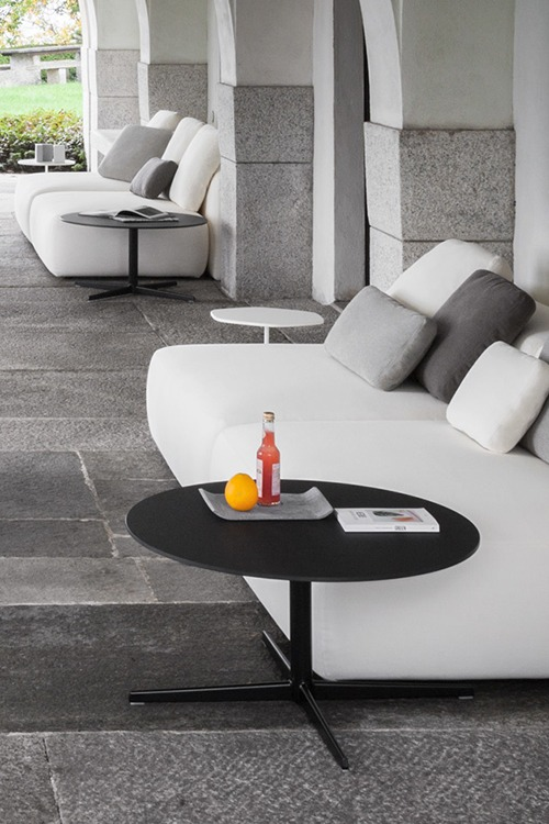 Auki Coffee Table Outdoor