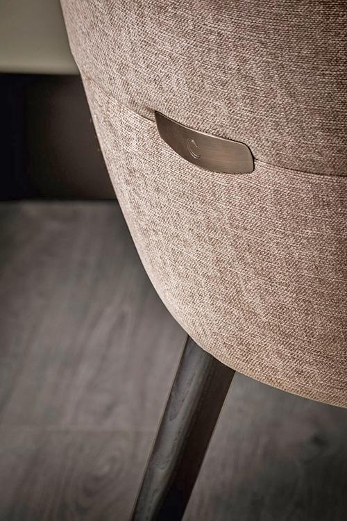 Shiba Chair